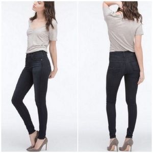 AG The Farrah Skinny High Rise Black Jeans Sz 30R